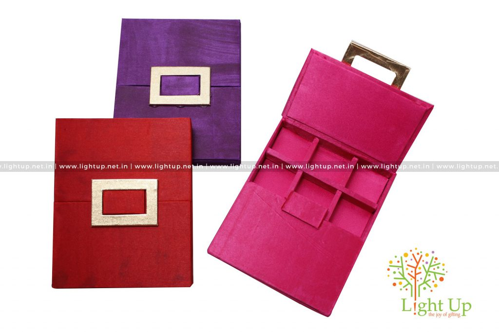Paper Gift Box With Compartments