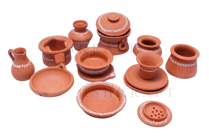Clay Pottery and Utensils
